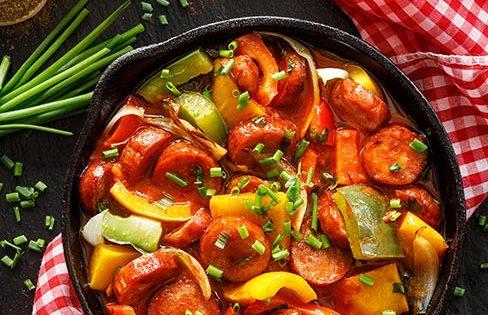 Linguiça Toscana com Tomate, Cebola e Pimentão